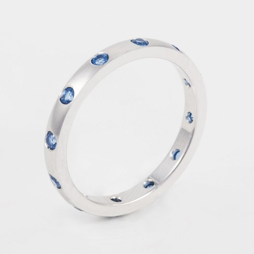 Anillo Colors oro blanco con 12 topacios naturales Kashmir Blue